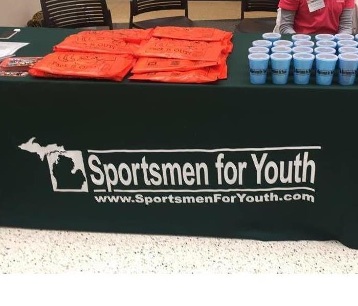 Sportsmen for Youth at the Ultimate Sports Show